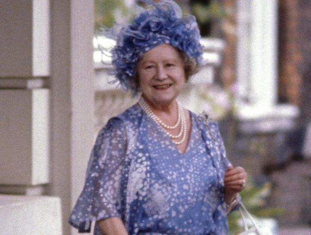 Queen Elizabeth Children, Sister, Husband, Father, Mother and Net Worth
