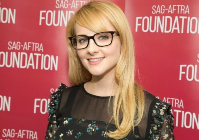 Melissa Rauch Husband, Body Measurements, Height, Age, Net Worth