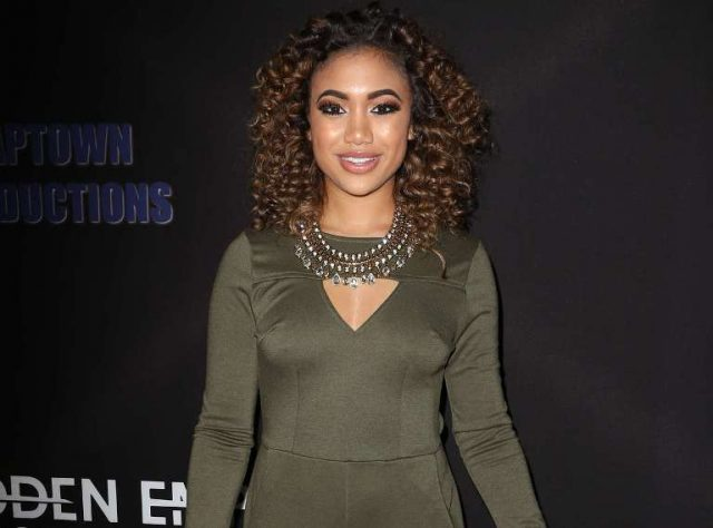 Paige Hurd And Her Twin, Age, Parents, Family, Boyfriend, Net Worth