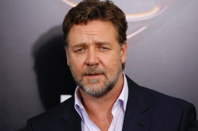 Russell Crowe Bio, Net Worth, Height, Wife, Divorce, Weight Loss