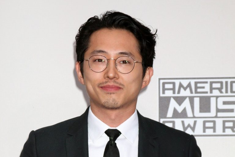 Steven Yeun Wife, Girlfriend, Net Worth, Height, Relationship with Lauren Cohan