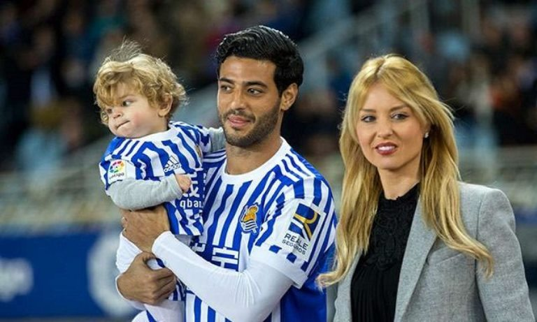 Carlos Vela Wife, Girlfriend, Age, Height, Weight, Measurements