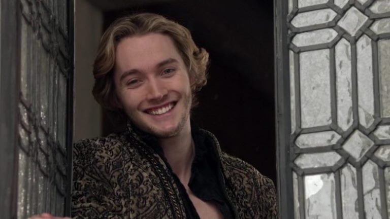 Who Is Toby Regbo? His Biography, Dating, Girlfriend, Height, Is He Gay?