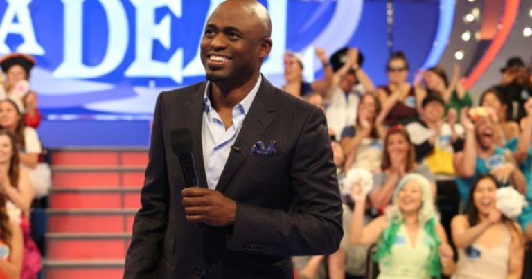 Is Wayne Brady Gay Or Married To A Wife? Net Worth, Height, Age, Daughter