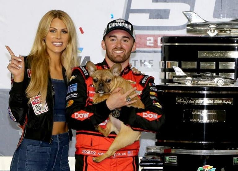 Who is Austin Dillon's Wife, Girlfriend (Fiancée)? Grandfather, Height