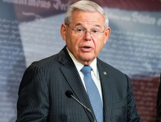 Bob Menendez Biography, Net Worth, Wife, Daughter And Education