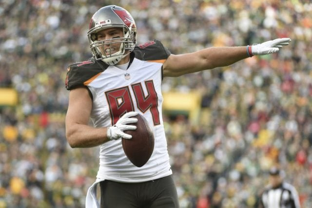 Cameron Brate Bio, Height, Weight, Body Stats, Other Facts
