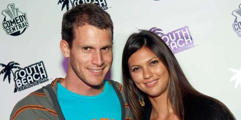 Daniel Tosh Wife, Married, Gay, Girlfriend, Net Worth, Wiki, Height