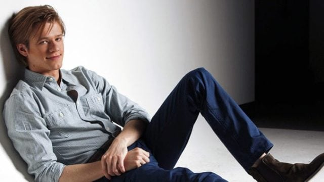 Lucas Till (MacGyver Star) Bio, Girlfriend, Relationship With Taylor Swift, Miley Cyrus