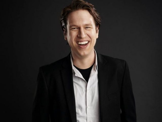 Pete Holmes Wife, Divorce, Height, Girlfriend, Religion, Is He Gay?