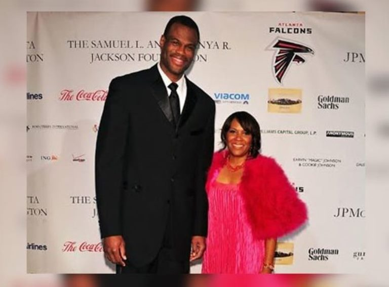 David Robinson Son, Wife, Height, Net Worth of Former NBA Star