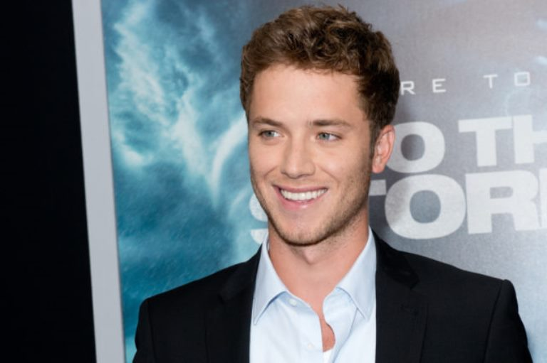 Jeremy Sumpter – Biography, Family Life and Career Achievements