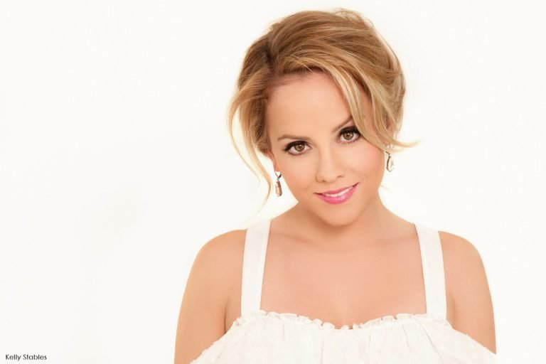Kelly Stables – Bio, Height, Measurements, Net Worth, Husband