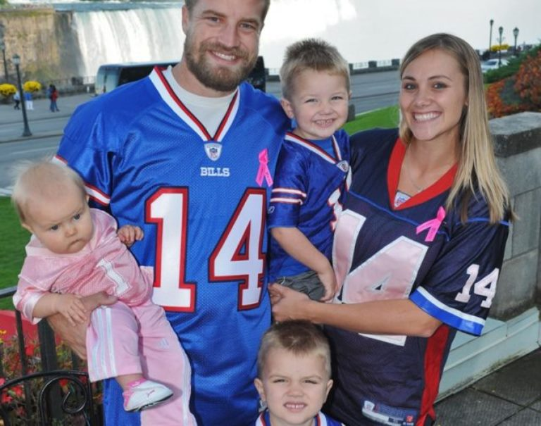 Liza Barber – Biography, Facts About Ryan Fitzpatrick's Wife