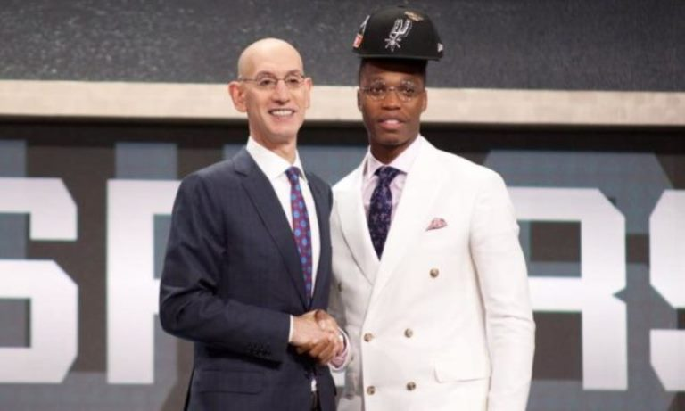 Lonnie Walker Height, Weight, Body Measurements, Parents, Bio